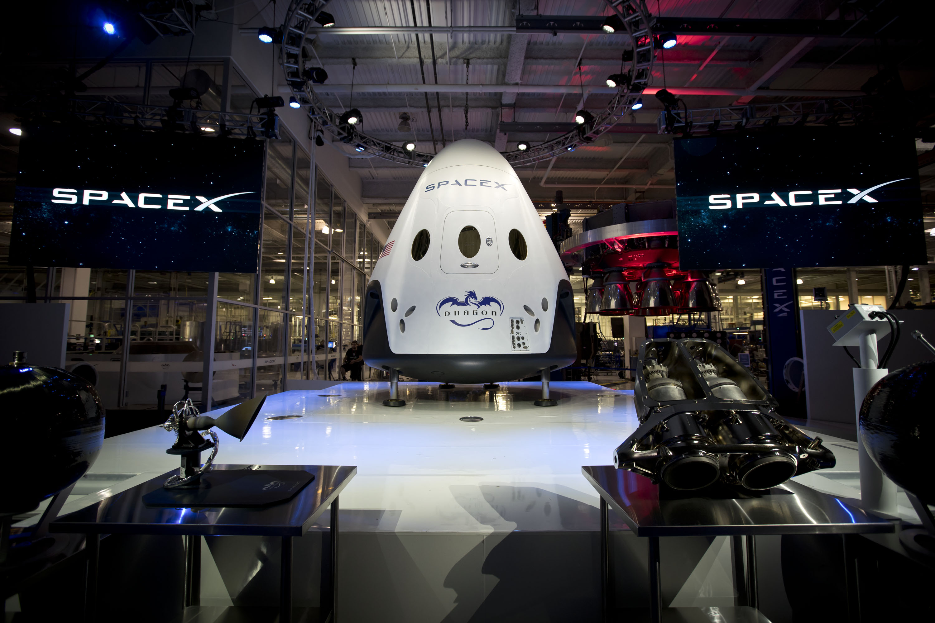 Dragon 2 at Thursday's press event; Photo: SpaceX