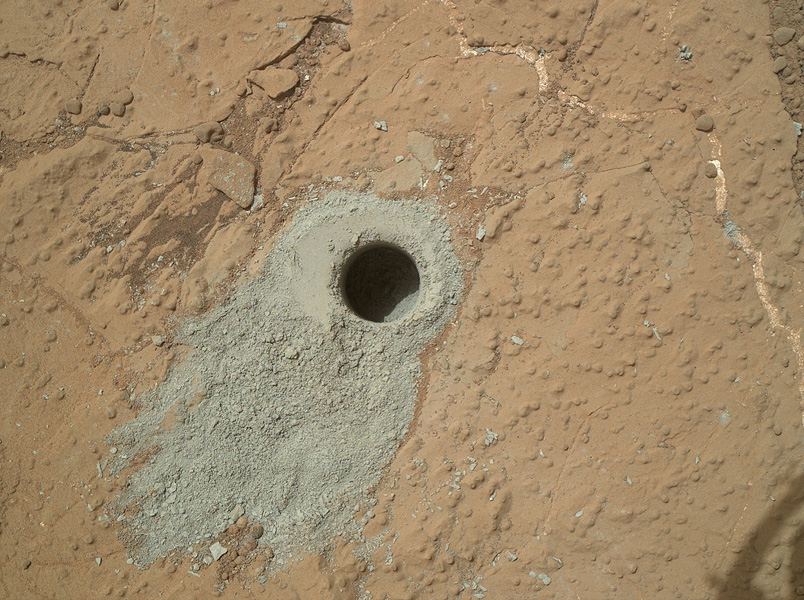 """Cumberland"" Hole drilled by Curiosity on Mars  back in May. Photo: NASA/JPL-Caltech/MSSS"