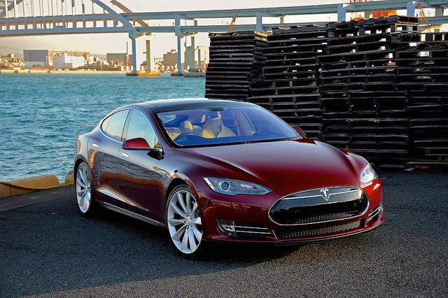 Tesla Model S | Photo: raneko, CC BY 2.0