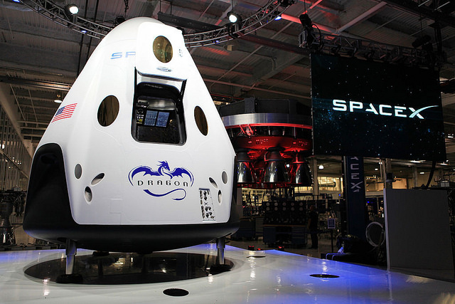 SpaceX's Crew Dragon capsule | Photo: Global Panorama, CC BY-SA 2.0