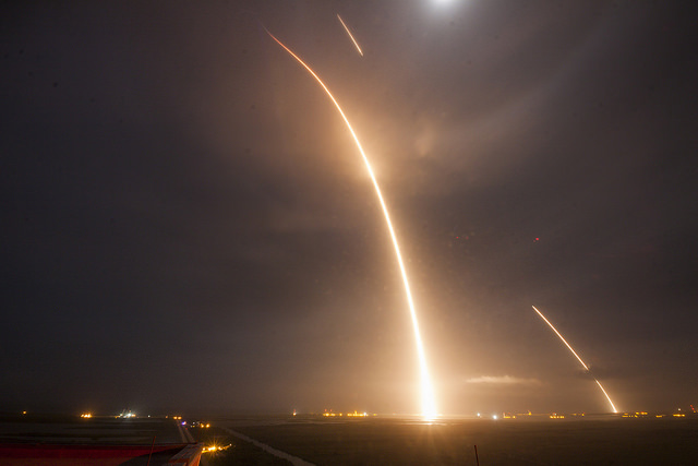 Ups and Downs | Photo: SpaceX Photos, CCo (public domain)