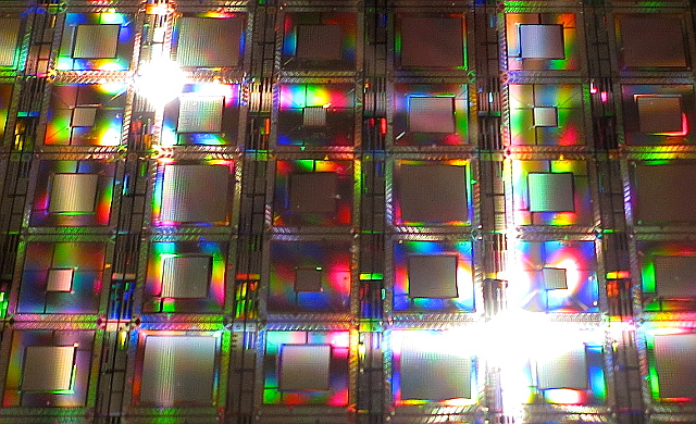 Wafer of D-Wave quantum chips | Photo: Steve Jurvetson, CC BY 2.0