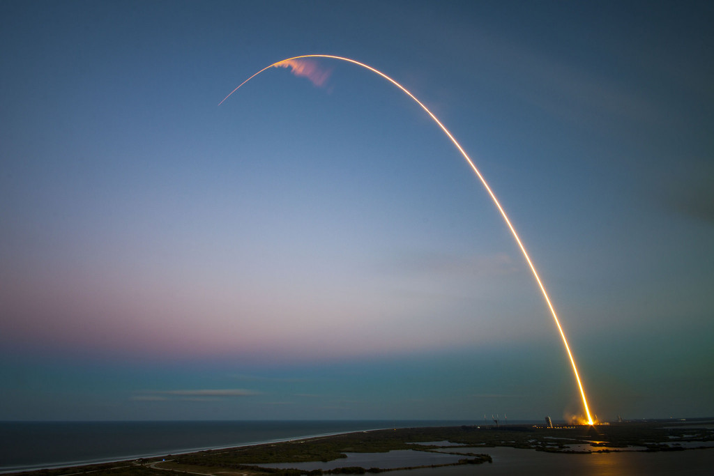 "SES-9 launching to GTO aboard a Falcon 9 ""Full Throttle"" 