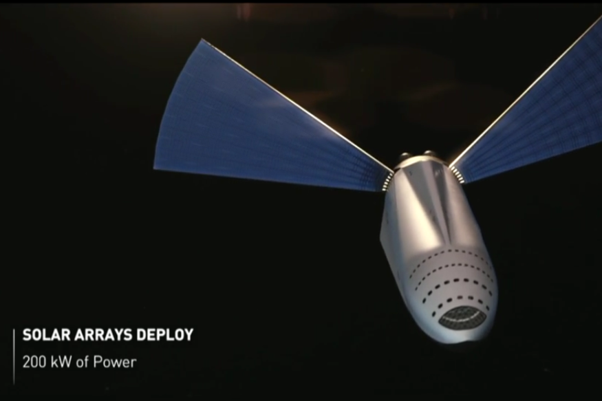 The MCT with solar panels deployed for the trip Image: SpaceX