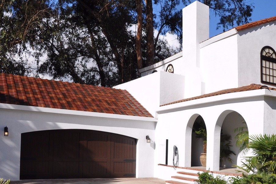 Yes those terracotta tiles are solar panels. | Photo: Tesla