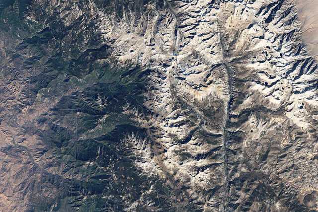 Sequoia National Park from above | Photo: NASA/Landsat5, CC BY 2.0