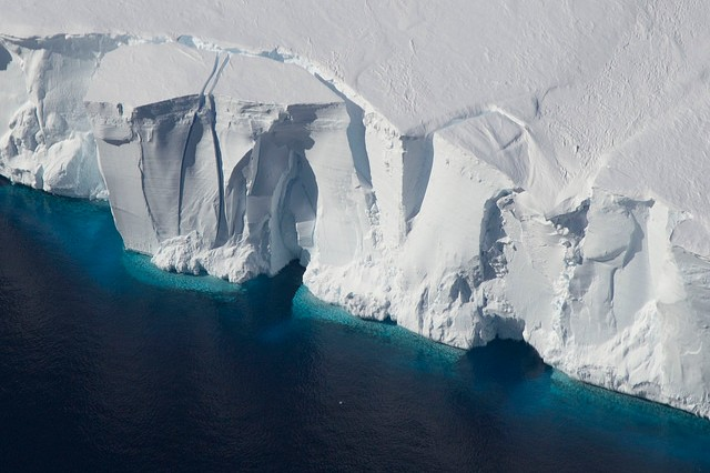 Soon to be icebergs | Photo: NASA Ice, CC BY 2.0